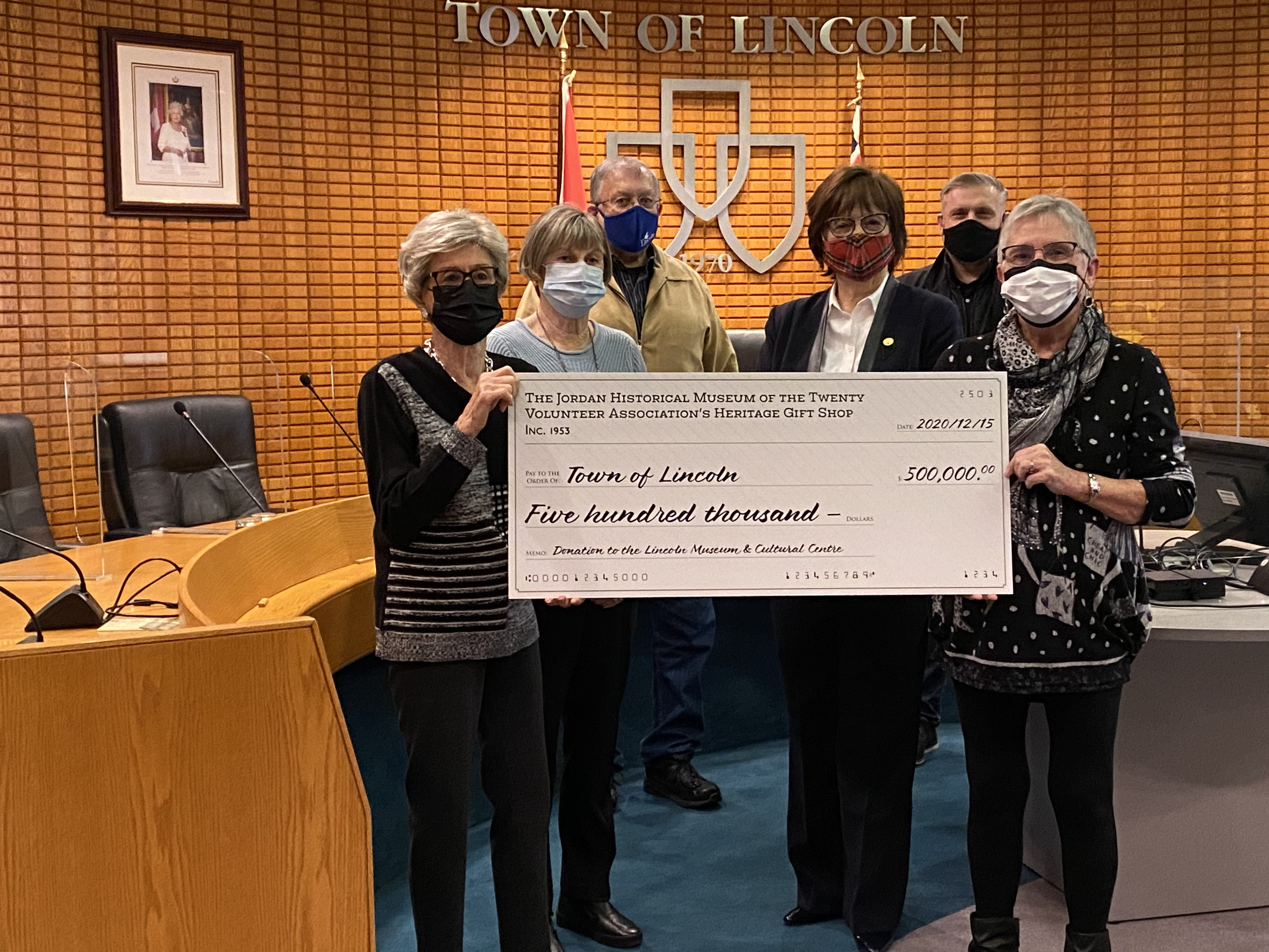 Cheque presentation by Museum Volunteer Association to Town of Lincoln